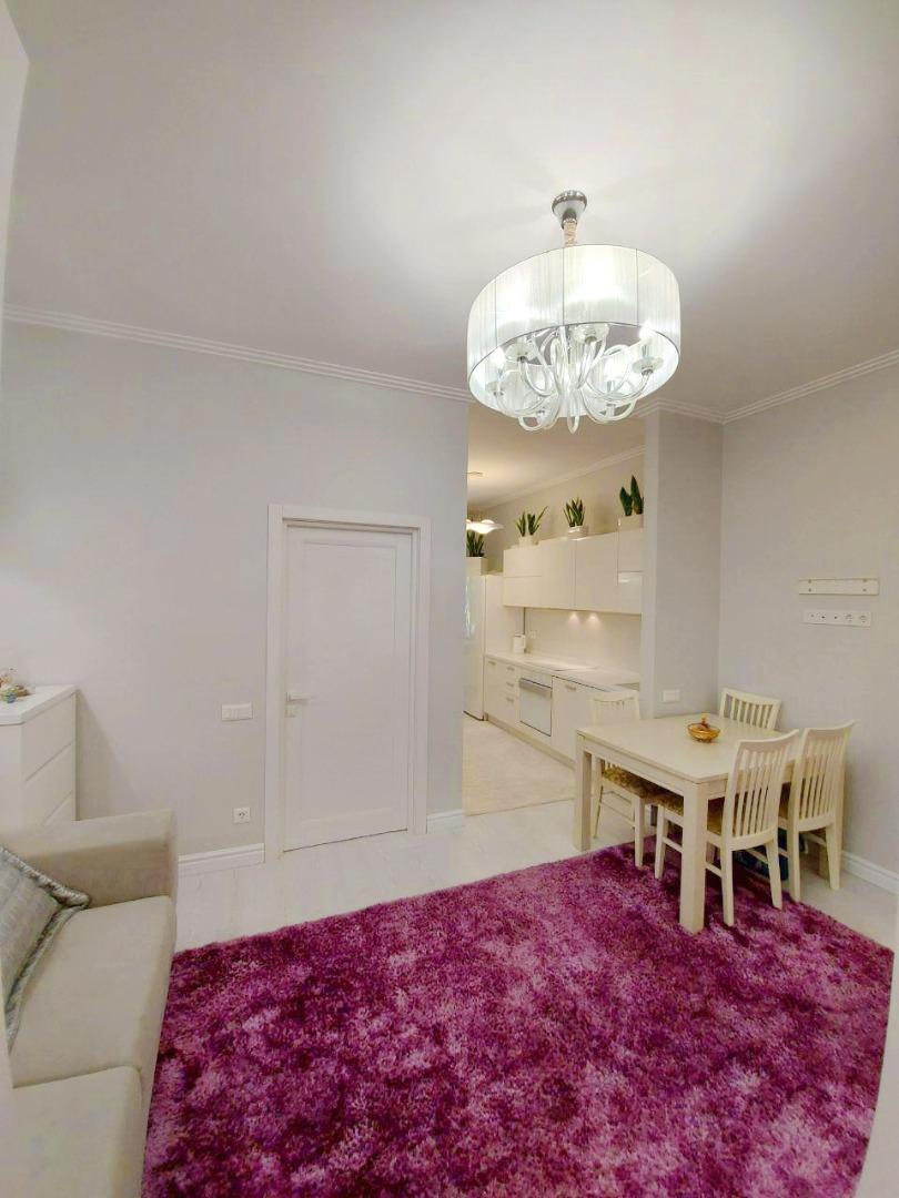 продажа однокомнатной квартиры номер A-151726 в Приморском районе, фото номер 17